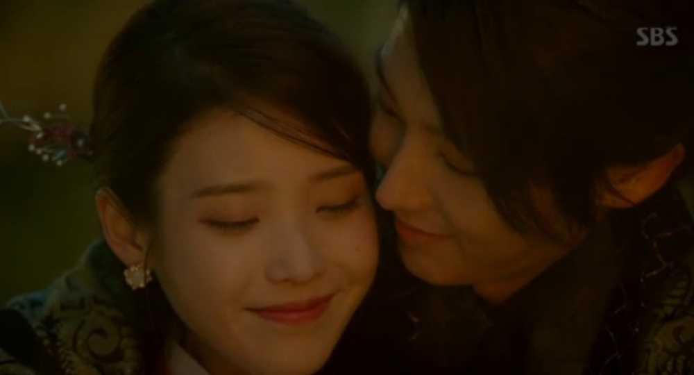 Nguoi tinh anh trang tap 18: Bi Hae Soo tu hon, Wang So cuoi Yeon Hwa giu ngoi vua hinh anh 6