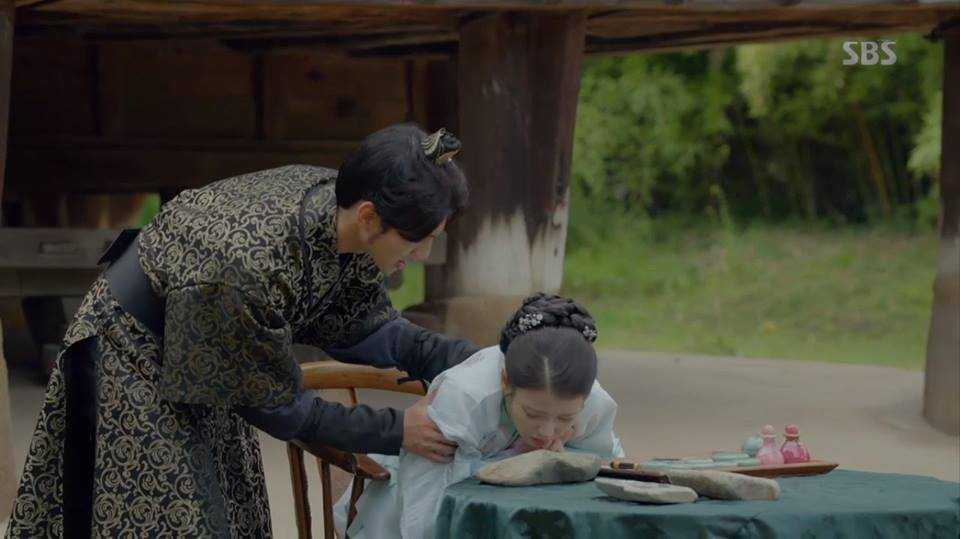 Nguoi tinh anh trang tap 20 (tap cuoi): Hae Soo qua doi, de lai bat ngo lon cho Wang So hinh anh 3