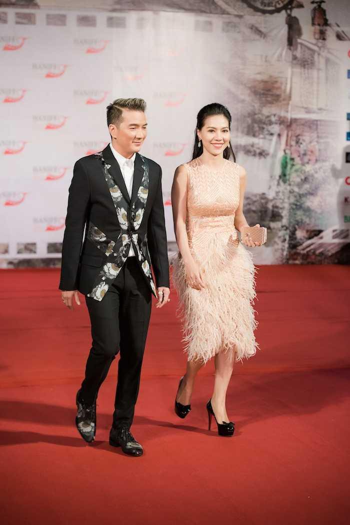 Hoa hau My Linh kin dao ben dan chi Ngoc Han goi cam hinh anh 7