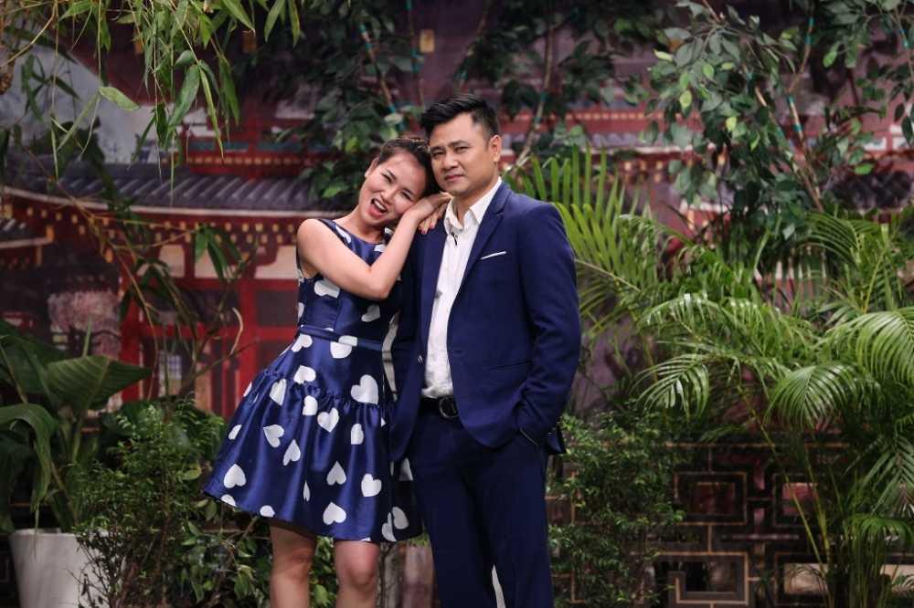On gioi cau day roi 2016 mua 3 tap 1: Me nuoi Hoai Linh trinh dien dang cap, day cam xuc hinh anh 1