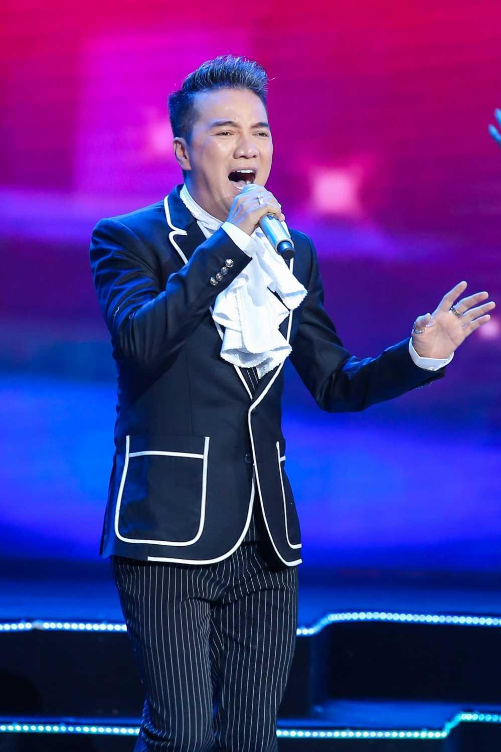 Truong Giang - Nha Phuong mac ao dai doi, au yem tinh tu trong hau truong hinh anh 17
