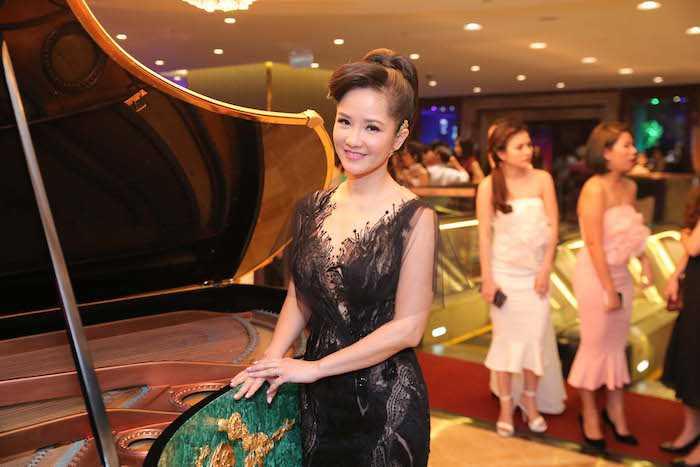 Khong the roi mat khoi cap song sinh dang yeu cua Hong Nhung va chong Tay hinh anh 6