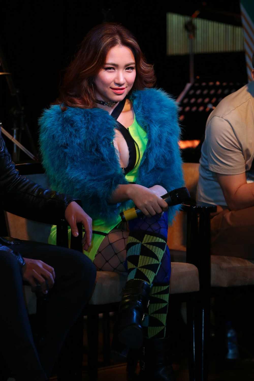 Hoa Minzy da 'lot xac' chong mat the nao sau khi chia tay Cong Phuong? hinh anh 19