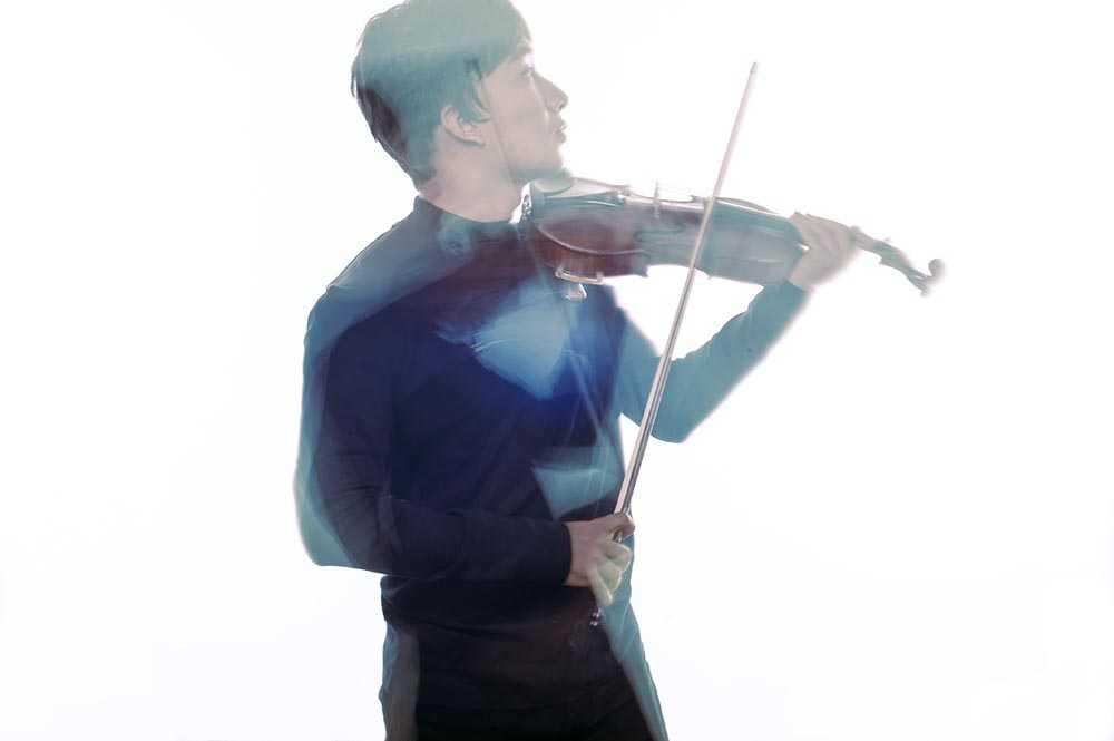 Linh Nga khoe nhan sac man ma den chuc mung nghe si violin Hoang Rob hinh anh 4