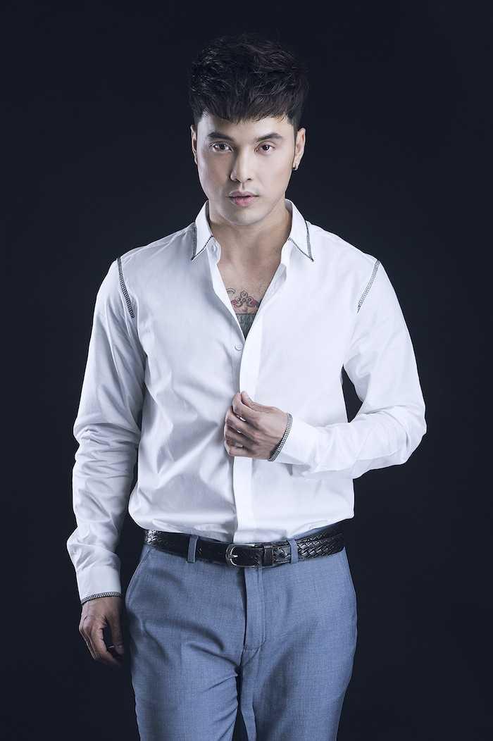Gan 20 nam lam ca si than tuong, Ung Hoang Phuc van dien trai khien phai nu me man hinh anh 9