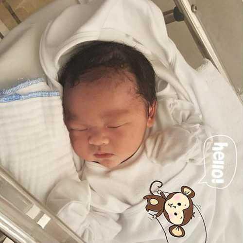 Tran Thanh - Hari Won lot top dam cuoi 'hot' nhat 2016 hinh anh 7