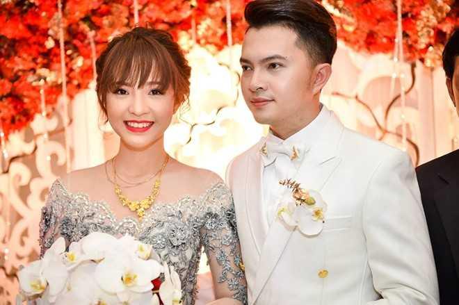 Tran Thanh - Hari Won lot top dam cuoi 'hot' nhat 2016 hinh anh 8