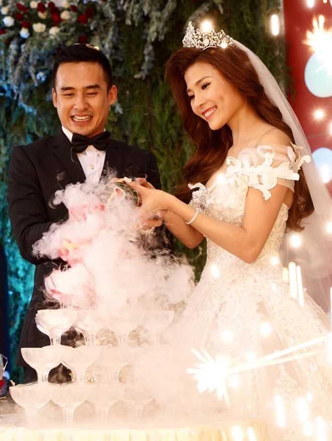 Tran Thanh - Hari Won lot top dam cuoi 'hot' nhat 2016 hinh anh 9