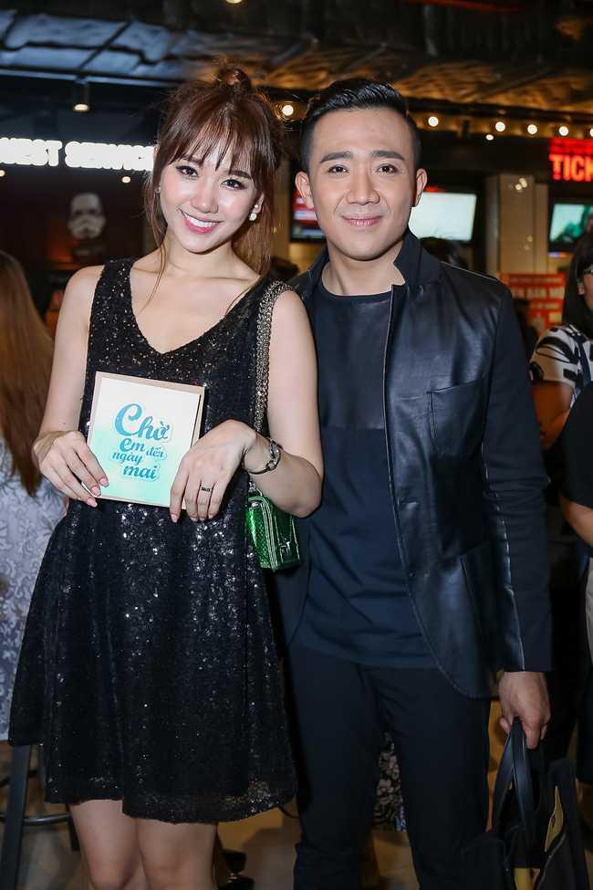 Tran Thanh mac loi trang diem dam hon Hari Won hinh anh 7