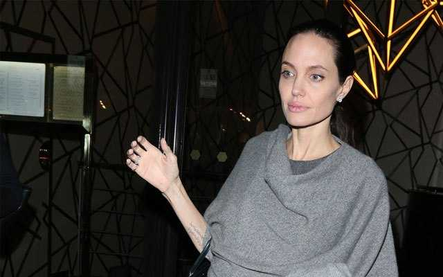 Angelina Jolie gio day chi con 34 kg du cao gan 1m70? hinh anh 12