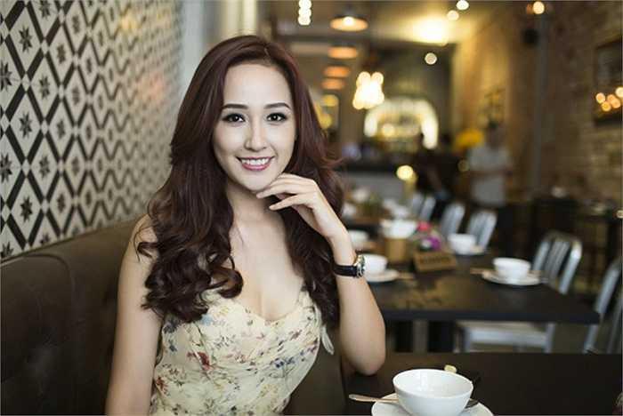 Mai Phuong Thuy doi xe sang nhu thay ao, mua hang hieu khong tiec tien hinh anh 9
