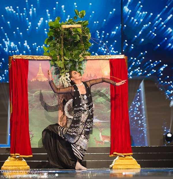 Quoc phuc cua Le Hang xep hang 4 tai Miss Universe 2016 hinh anh 2