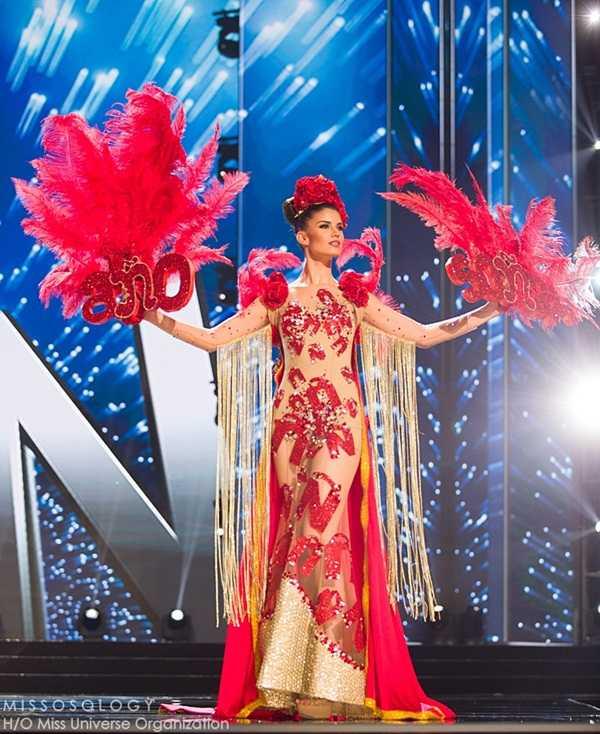 Quoc phuc cua Le Hang xep hang 4 tai Miss Universe 2016 hinh anh 12