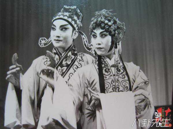 Bat ngo cuoc song 'anh em Cao Cau' cua Thuy Hu sau 18 nam hinh anh 3