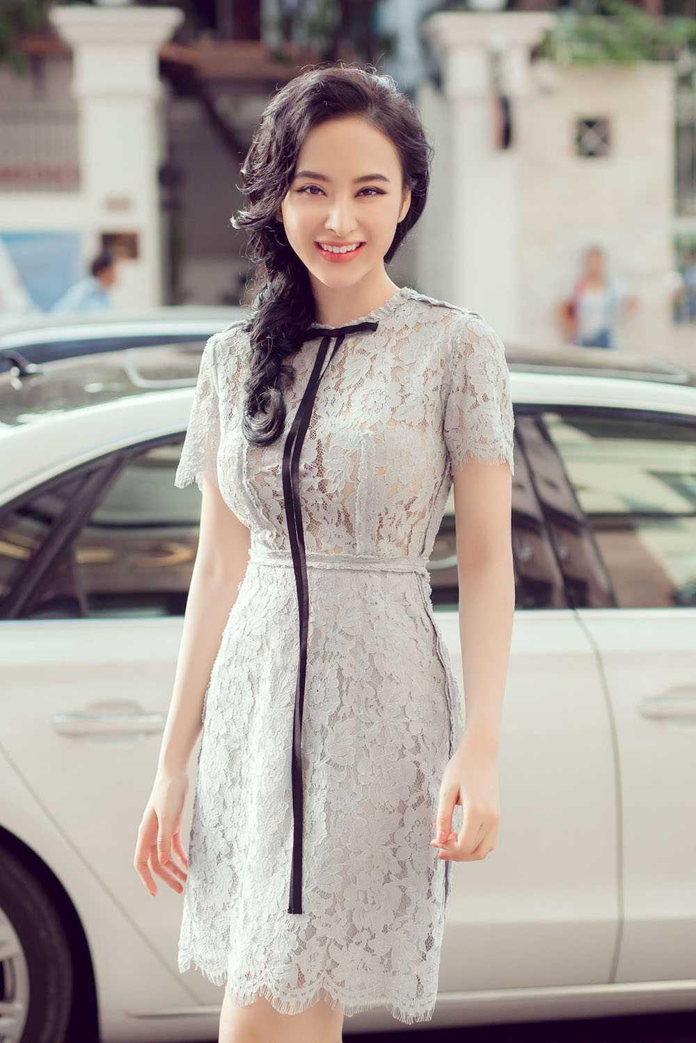 Angela Phuong Trinh nua kin nua ho, do vong mot sexy voi Toc Tien hinh anh 4