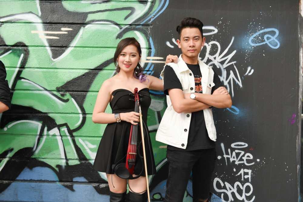 Sau on ao voi Son Tung, stylist Hoang Ku gay 'sot' voi gu thoi trang 'khong giong ai' hinh anh 11