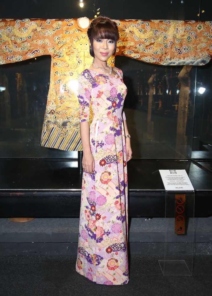 Hoa hau Huong Giang khien khan gia xao xuyen khi tai xuat hinh anh 9
