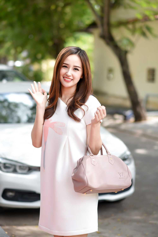 Khanh My 'mac cung nhu khong', lan at Mai Phuong Thuy kin dao hinh anh 3