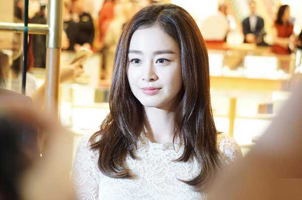 Kim Tae Hee có chòng càng mạn mà, duyen dáng hinh anh 4