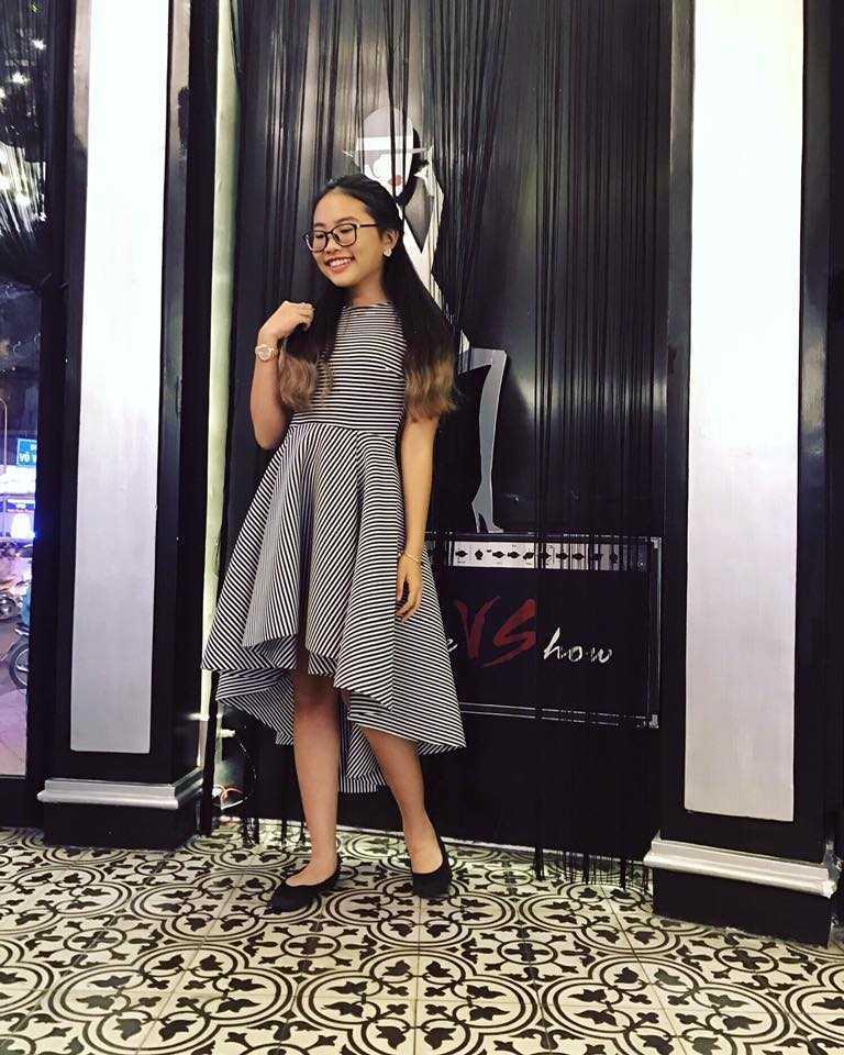 Phuong My Chi sexy, gia dan hon han Ho Van Cuong du ca hai bang tuoi nhau hinh anh 5