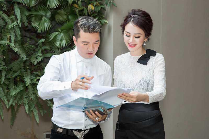 Hoa hau Diem Huong, Duong Yen Ngoc sexy di thu do hinh anh 10