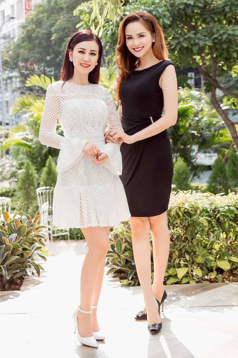 Hoa hau Diem Huong, Duong Yen Ngoc sexy di thu do hinh anh 2