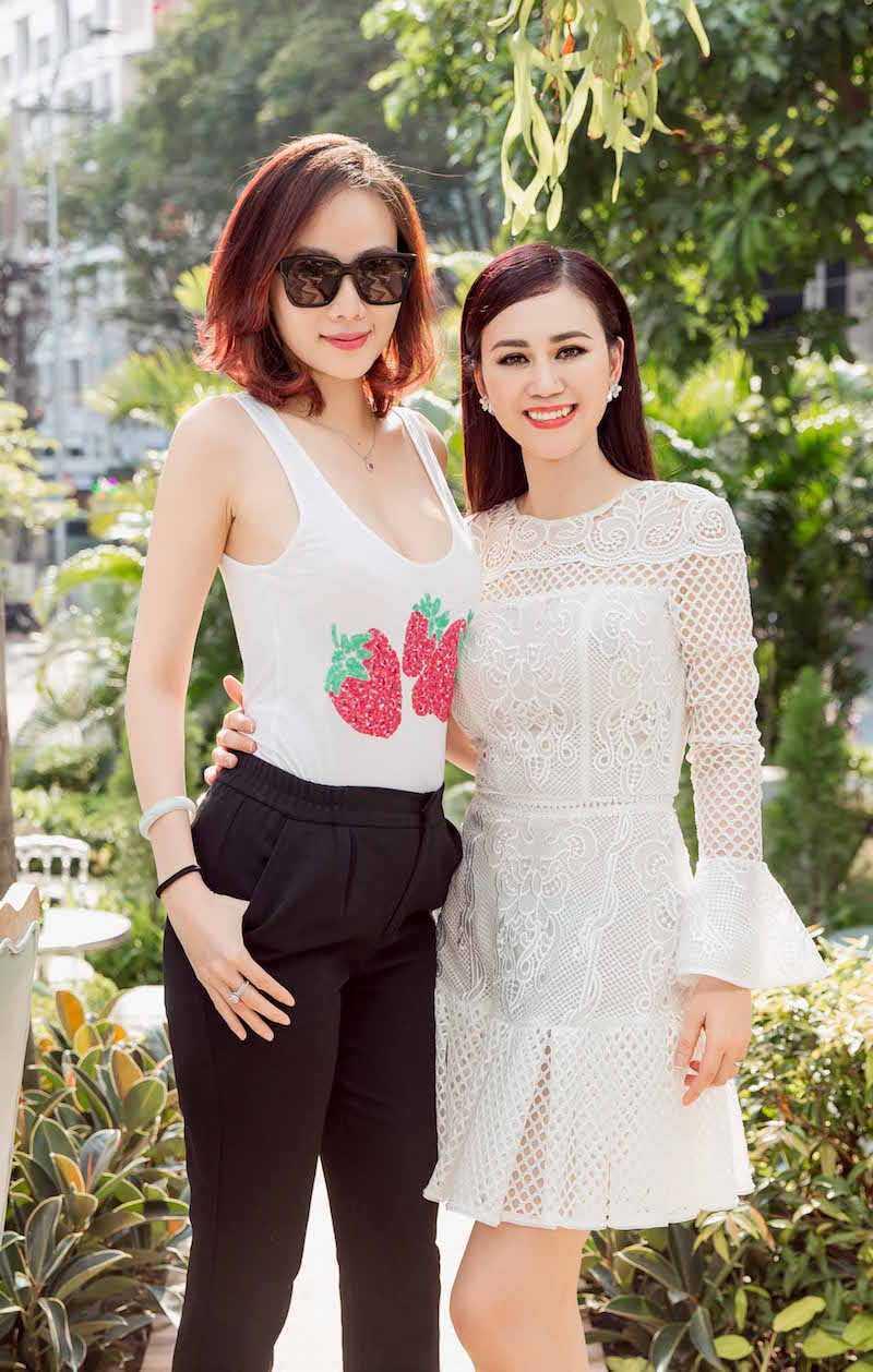 Hoa hau Diem Huong, Duong Yen Ngoc sexy di thu do hinh anh 1