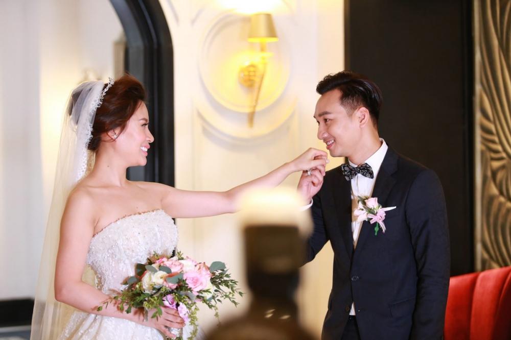 Dam cuoi MC Thanh Trung: Cong Ly sanh doi tinh moi, hoi ngo Thao Van hinh anh 1