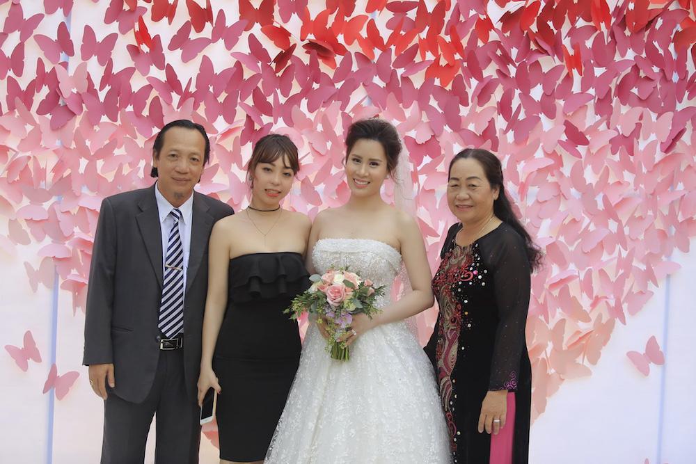 Dam cuoi MC Thanh Trung: Cong Ly sanh doi tinh moi, hoi ngo Thao Van hinh anh 7