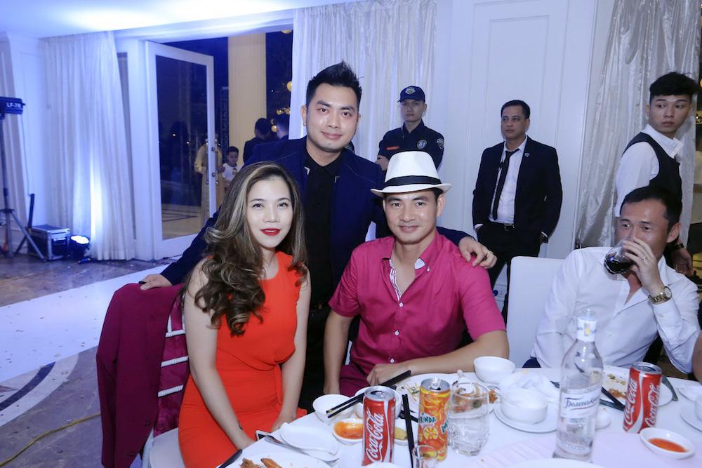 Dam cuoi MC Thanh Trung: Cong Ly sanh doi tinh moi, hoi ngo Thao Van hinh anh 11