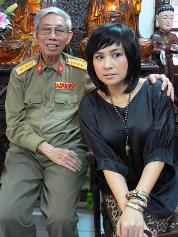 'Mau hoa do' bi cam luu hanh, Thanh Lam buon ba 'tam su' voi bo Thuan Yen hinh anh 2