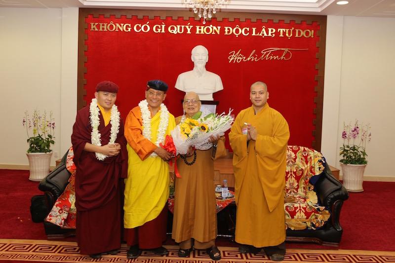 Duc Gyalwang Drukpa den TP.HCM vao ngay 28/3 hinh anh 3