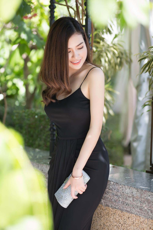 Hoa hau Diem Tran 'do sac' cung Nu hoang Sac dep Ngoc Duyen hinh anh 5
