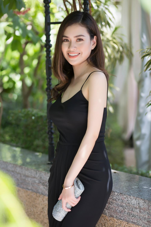 Hoa hau Diem Tran 'do sac' cung Nu hoang Sac dep Ngoc Duyen hinh anh 6