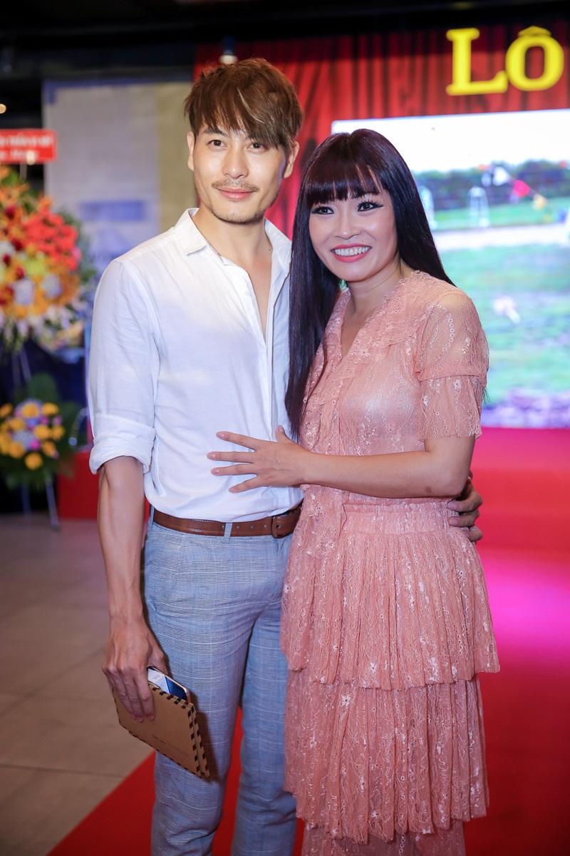 Phuong Trinh Jolie xuyen thau tu dau den chan, sexy 'lan at' ba nang Hoa hau hinh anh 7