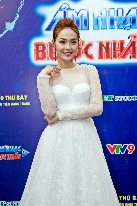 Minh Hang (38)