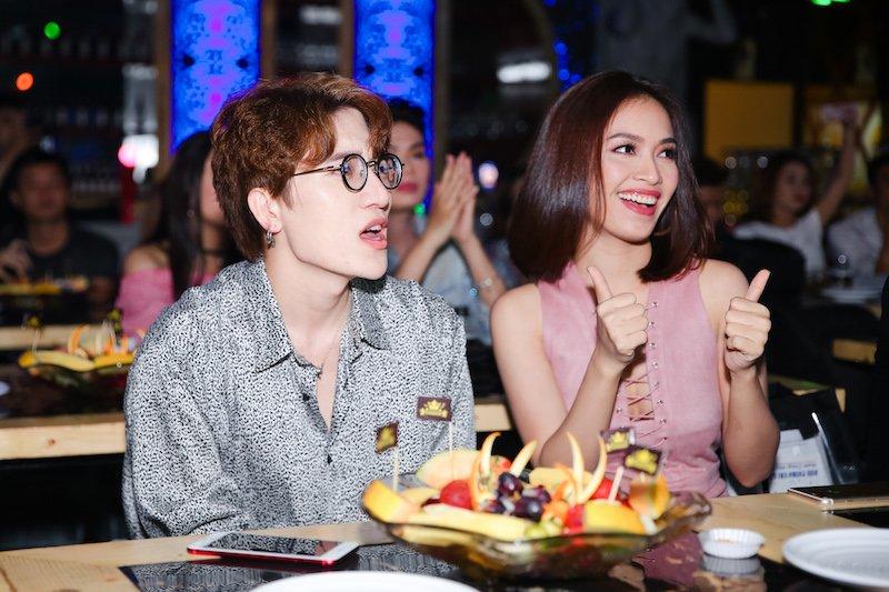 Lam Truong doi mua den mung chau gai Tieu Chau Nhu Quynh hinh anh 9