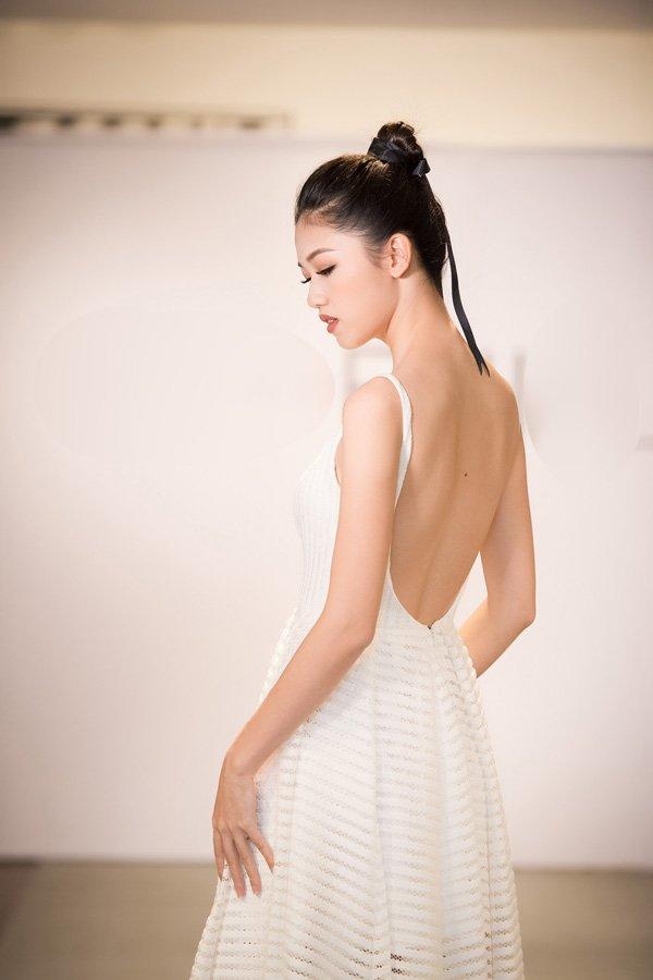Diep Lam Anh, Thu Hien, Thanh Hoa 'Vietnam's Next Top Model' tai ngo sau 7 nam hinh anh 10