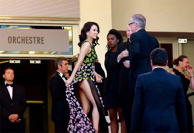 Loat scandal lo hang cua Pham Bang Bang, Duong Mich... tren tham do Cannes hinh anh 9