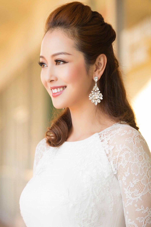 Jennifer Pham dien dam sexy khoe duong cong quyen ru hinh anh 4