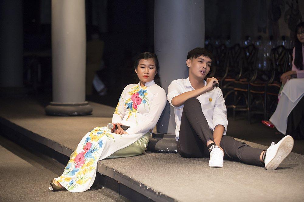 Trac Thuy Mieu giup Vu Manh Cuong lam HLV 'En sinh vien' hinh anh 7