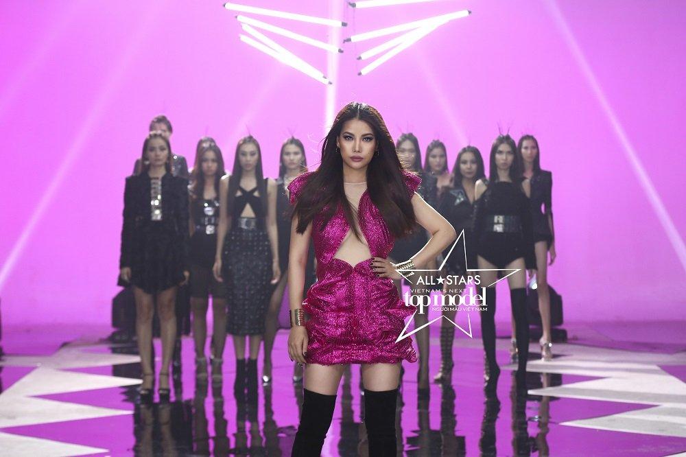 Khong phai Hoang Yen, Truong Ngoc Anh moi la host Vietnam's Next Top Model - All Stars 2017 hinh anh 5