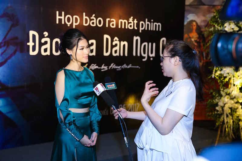 Trang Tran tai xuat hau scandal, do sac voi Ngoc Thanh Tam hinh anh 5