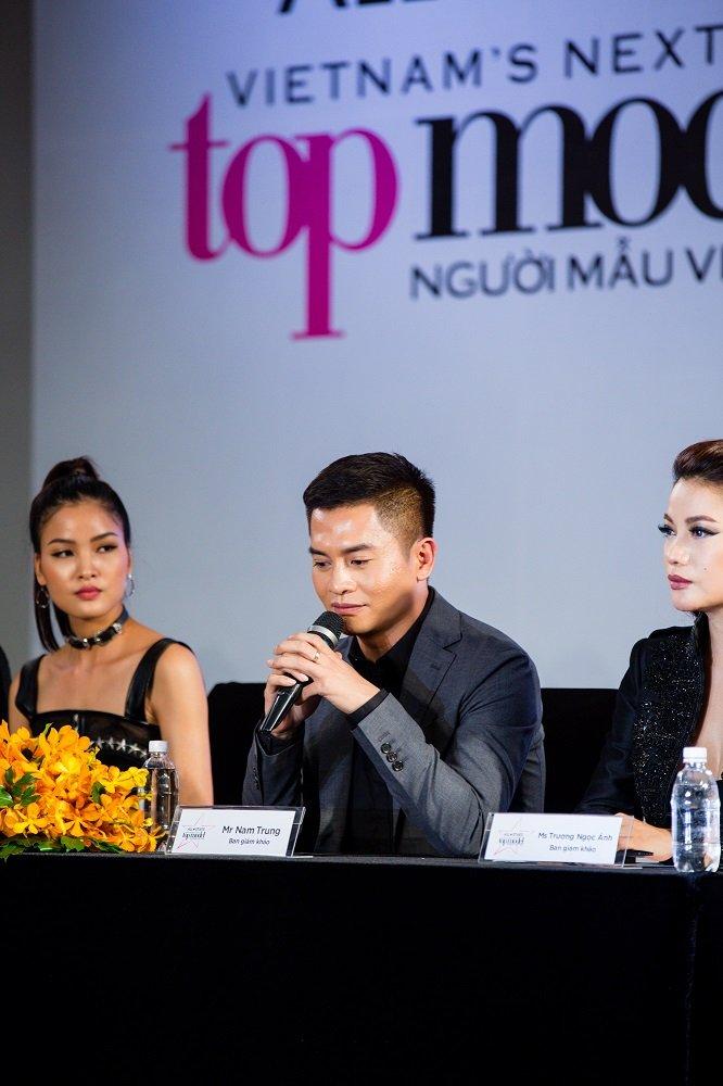 Truong Ngoc Anh - Hoang Yen than thiet, xoa tin don bat hoa tai 'Vietnam's Next Top Model' hinh anh 3