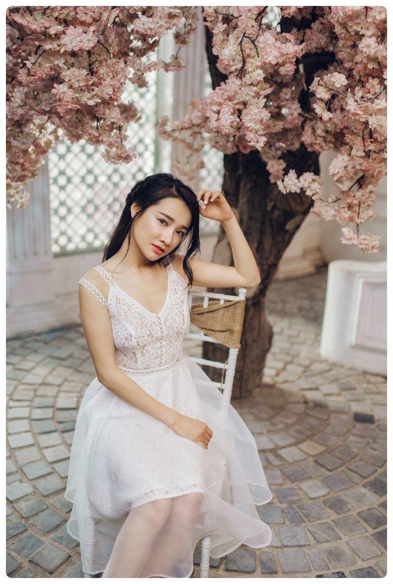 Mac on ao chia tay Truong Giang, Nha Phuong dien do xuyen thau tao bao hinh anh 7