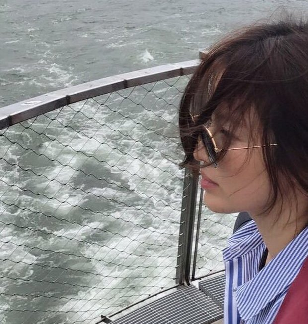 Song Hye Kyo tro lai khoe ve dep tuoi tan, ngot ngao cua 'co dau thang 10' hinh anh 2