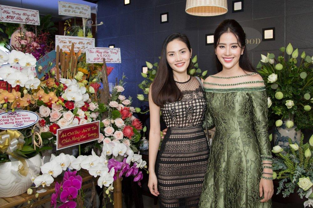 Tuong Linh 'The Face', Dieu Linh rang ro chuc mung Nam Em lam ba chu hinh anh 8