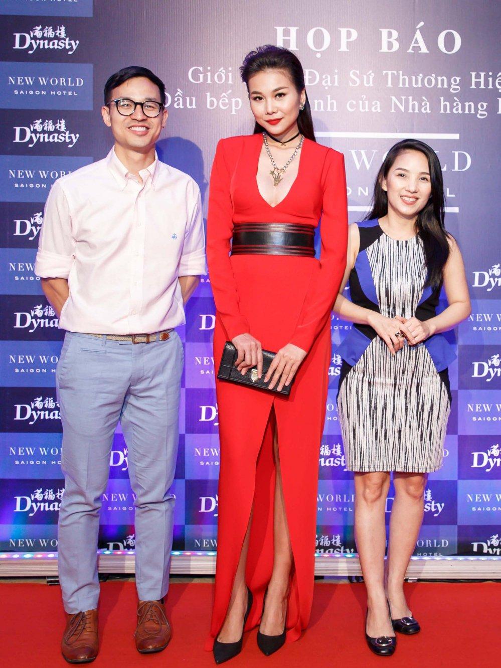 Vua roi nha chung Top Model, Lai Thanh Huong tre nai do ve sexy voi Thanh Hang hinh anh 10