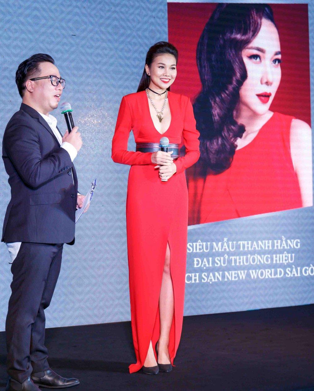 Vua roi nha chung Top Model, Lai Thanh Huong tre nai do ve sexy voi Thanh Hang hinh anh 11