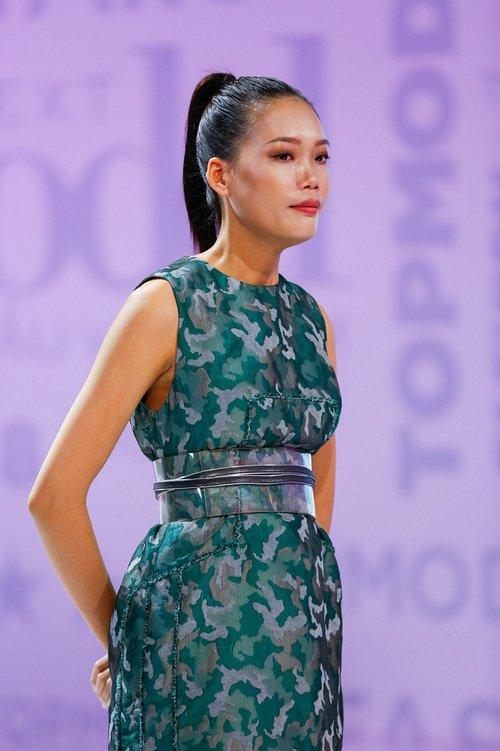 Bi loai vi 'song qua ban nang', Nguyen Hop xin loi BTC Vietnam's Next Top Model hinh anh 2